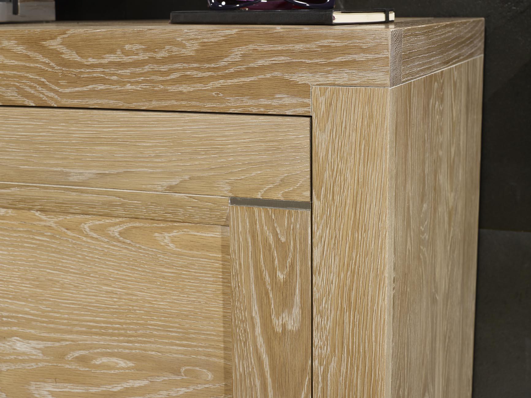 Mueble para TV Pedro hecho en roble macizo estilo Contemporary ...