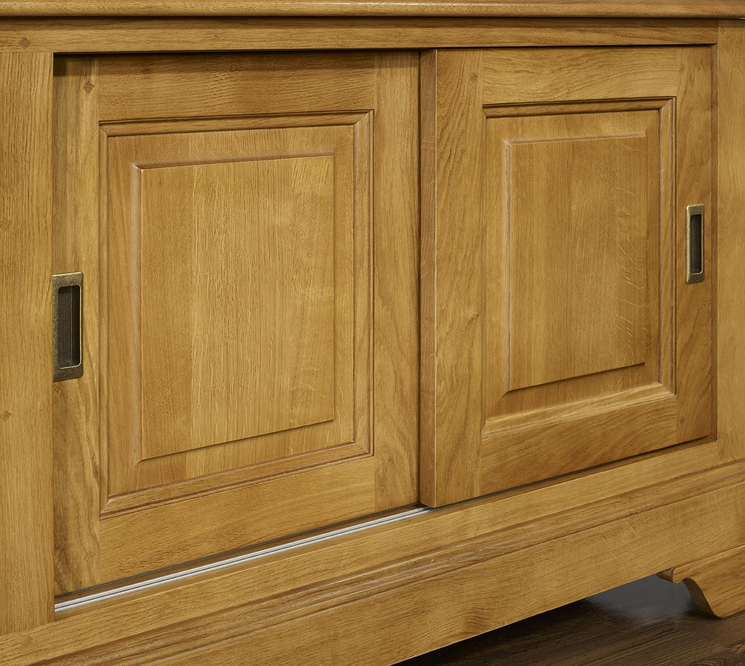 Mueble TV Arnaldo en madera maciza de roble estilo Louis Philippe ...