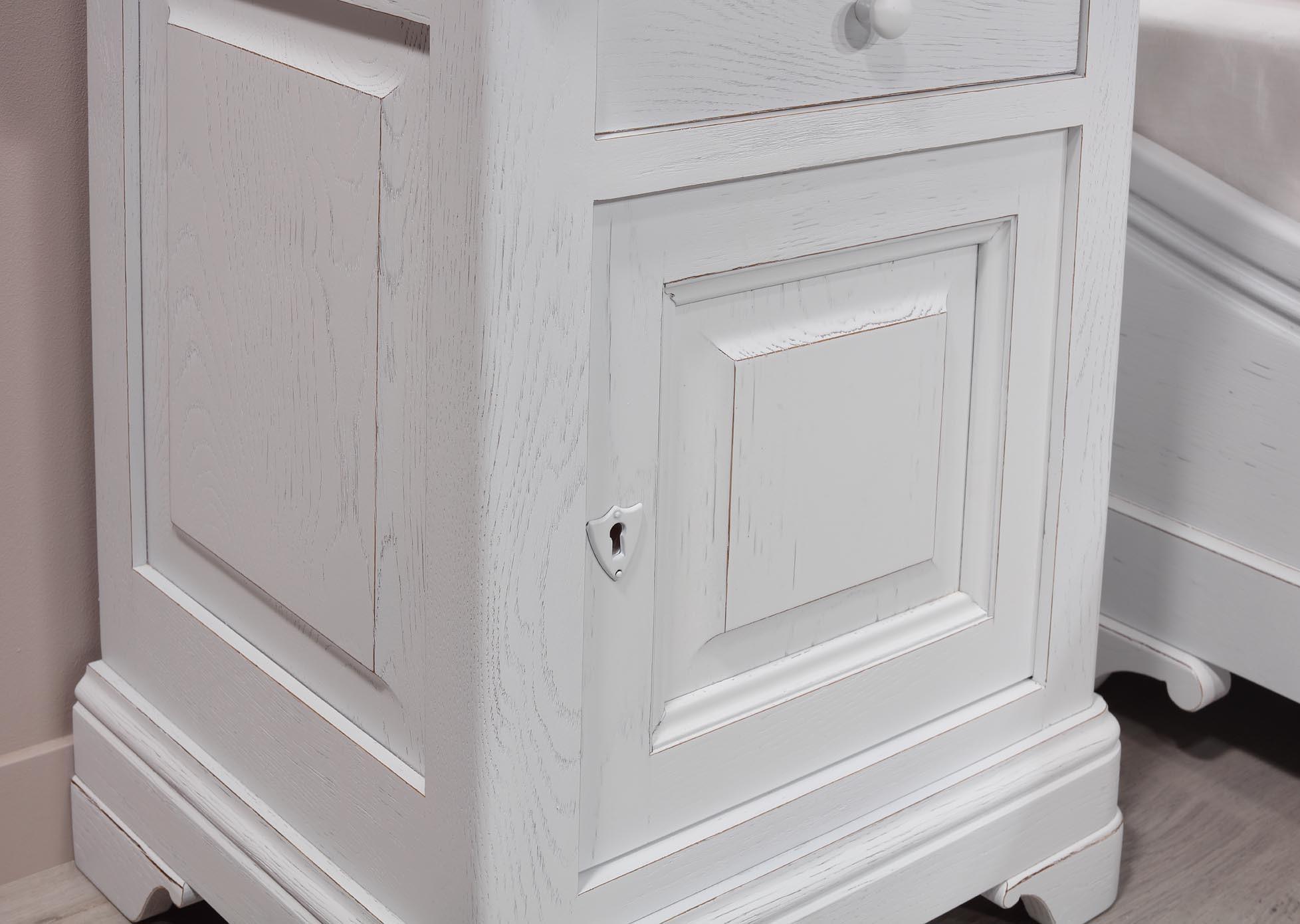 PMC58 Mesa de noche Guillaume 1 puerta 2 cajones hecho de roble ...